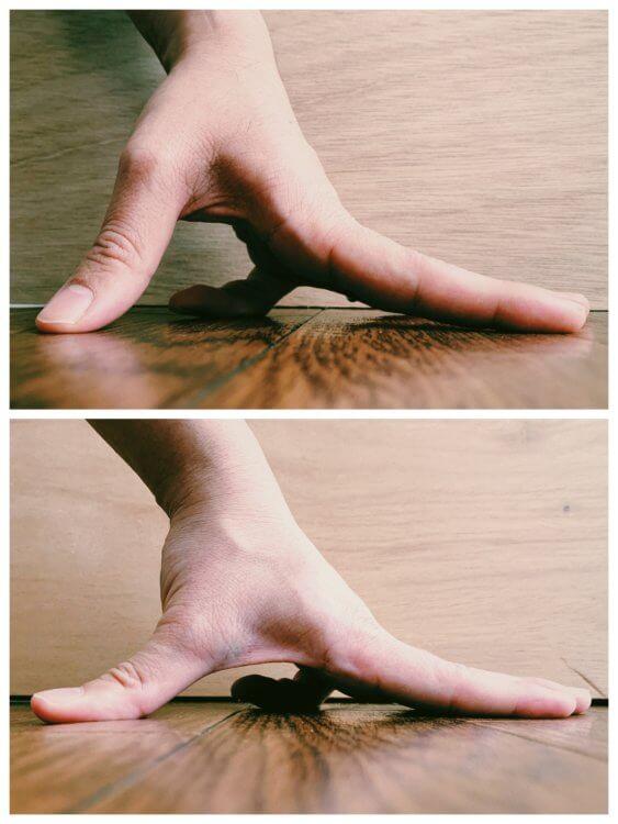 小指(反転)の写真